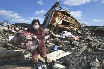 02m-17-03-11-tsunami-kesennuma-miyagi-prefecture-tc58dhoku-region