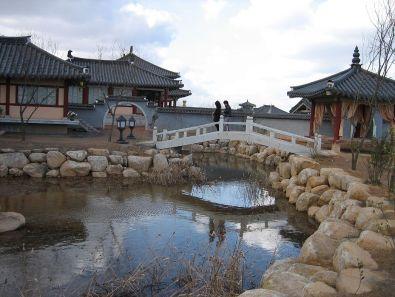 1024px-Jumong_site_4